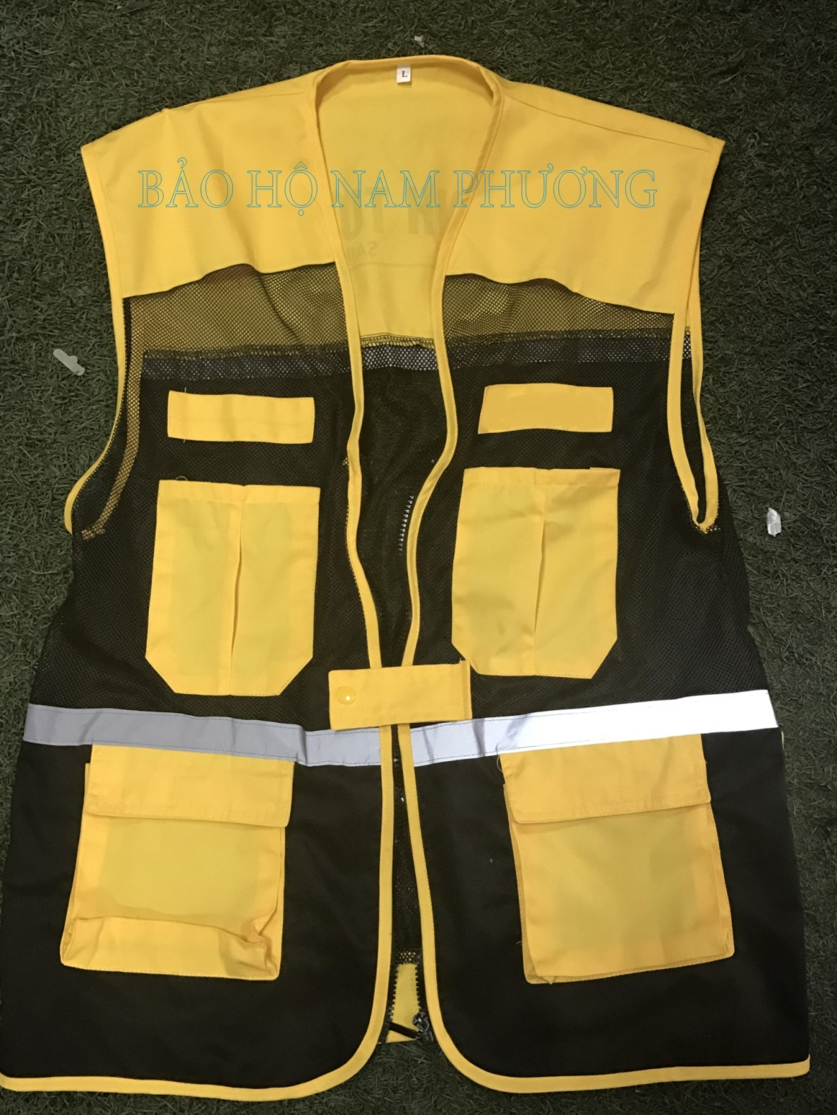 Áo gile màu vàng (đặt may)