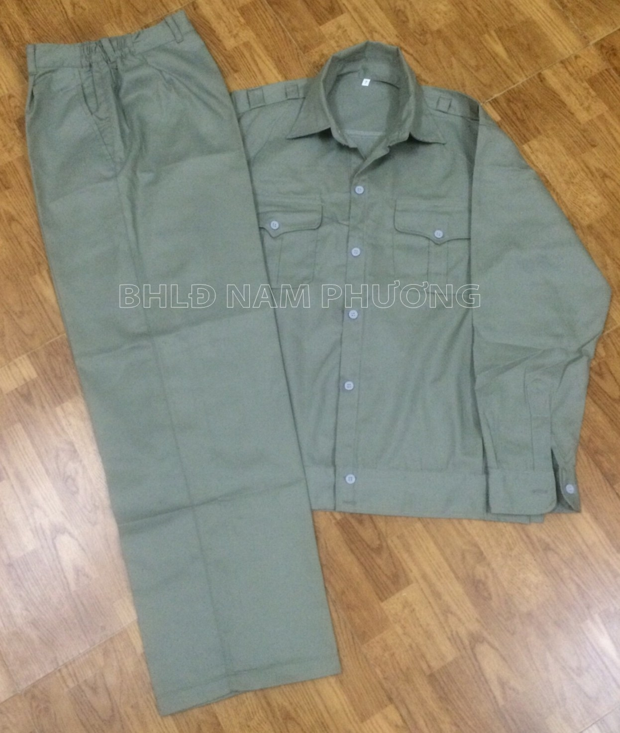 Quần áo bảo hộ vải kaki NĐ màu ghi (may sẵn)
