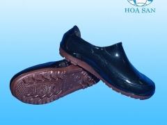 Giày nhựa 01 màu cho nam